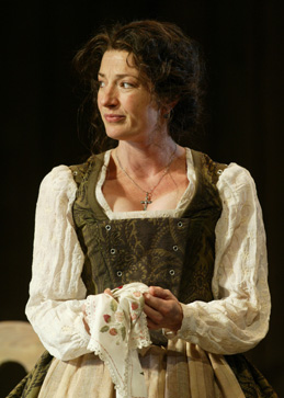 Lise Bruneau as Emilia